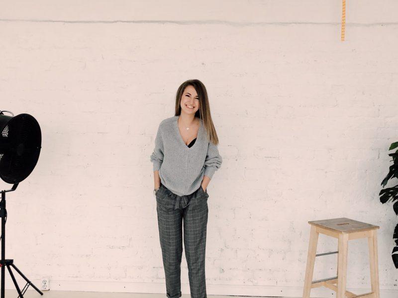 photo-of-woman-wearing-gray-sweater-1029810.jpg